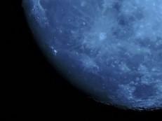 luna-620142_640.jpg