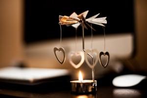 tea-candle-407144_640