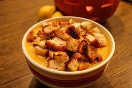 pumpkin-soup-508772_640
