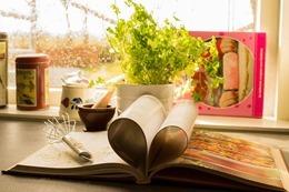 cookbook-761588_640