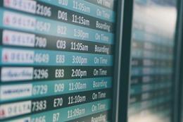 airport-690556_640