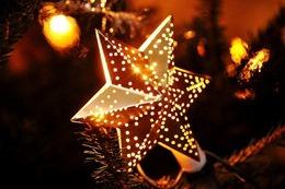 christmas-743431_640